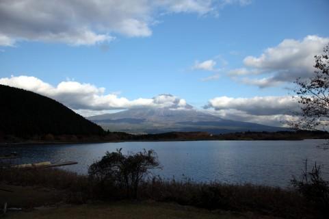 湖2.jpg